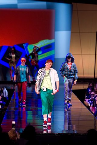 9242_Jr-League-Fashion-Show_100319